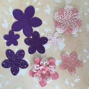 Troqueles de 4 Flores con Filigrana